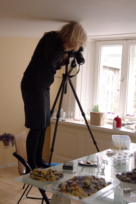 """WORKSHOPFOTO, entstanden während einer Reportage über die Firma """"Evers & Tochter Manufaktur"""" am 7.Mai 2010 in Verbindung mit dem Freelens- Projekt """"1 Tag Deutschland"""" Nele Braas"""